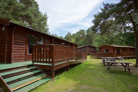 6 Berth Lodge - Friday to Sunday - Bransgore