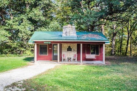 Kishauwau's Starved Rock Area Cabins - Dog Friendly (Mother-in-law) Family Cabin sleeps either 3 adults or a max. of 2 adults/2 kids