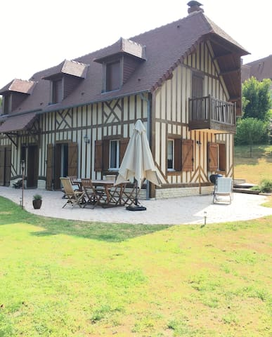Lovely  house 400 m away from  beach