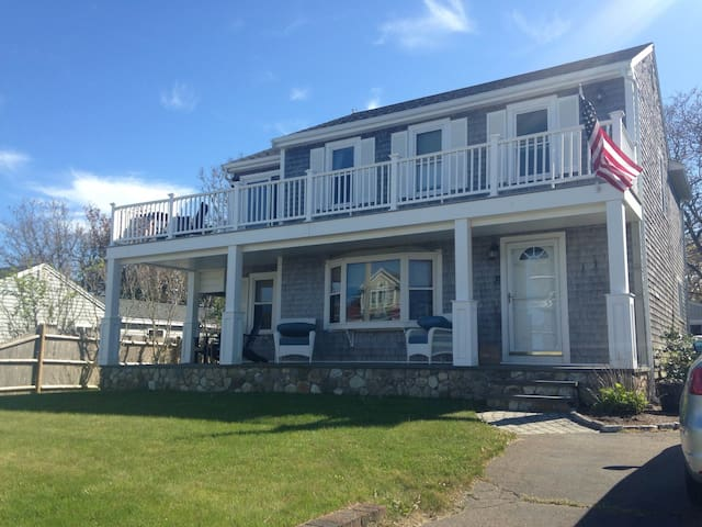 5 Star rating-Ocean views, steps to private beach - Plymouth - House