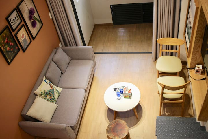 The Avis Apartments - Attic Double 202