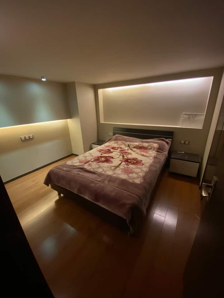 Big Apartment with Wonderful Private Room