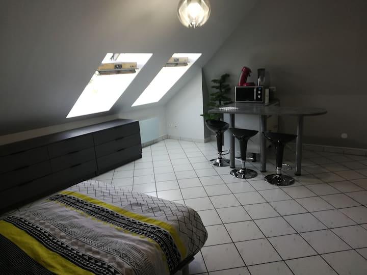 Studio moderne en plein centre historique d'Amiens