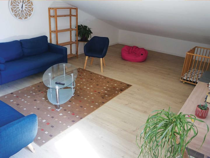 étage maison avec jardin - idéal pour 2 familles