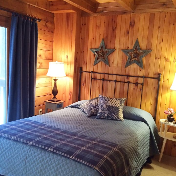 Sheffield Lodge - Everett Room