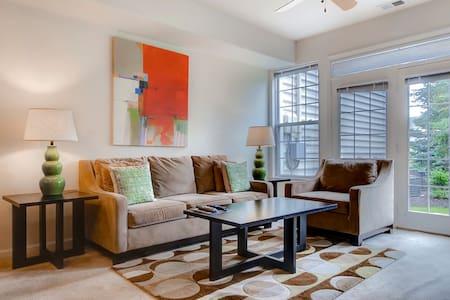 Modern Furnished 2-Bedroom Princeton Apartment! - Princeton