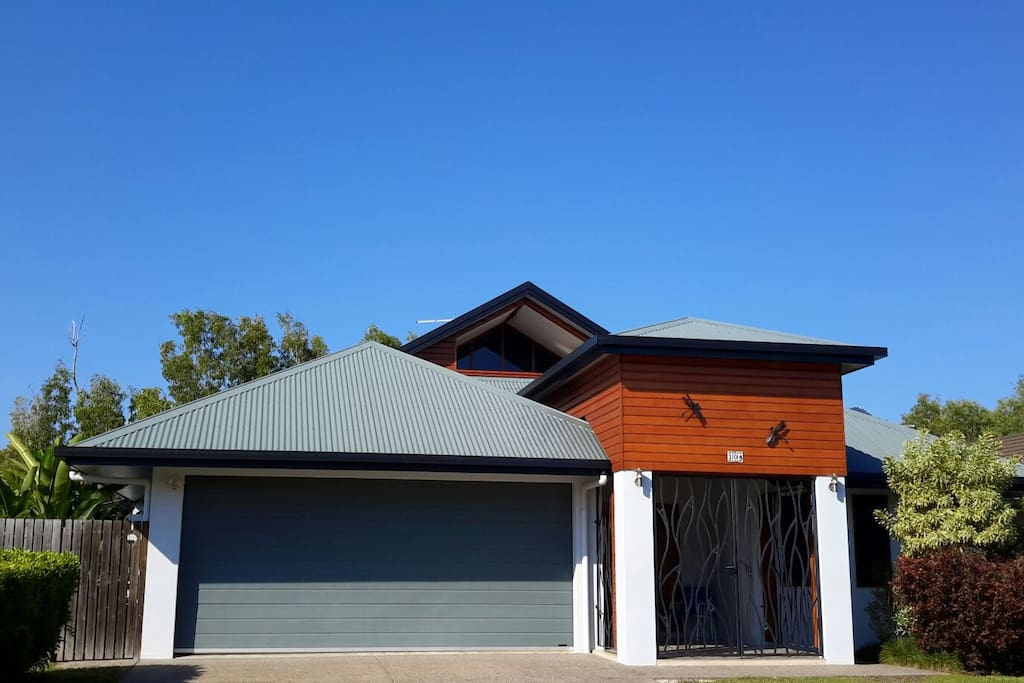 Harbour Haven with  lock up garage for two cars