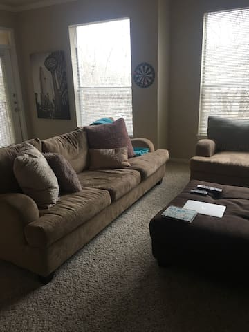 Clean Fully Furnished Apartment Home