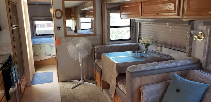Stationary Motor Home - 31 ft, cozy and private.