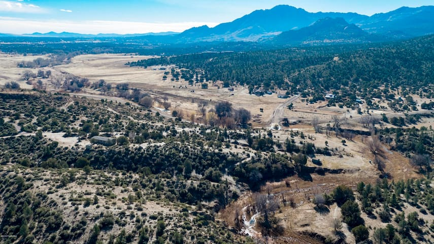 Extended-stay in beautiful Williamson Valley