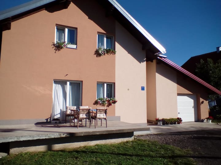"""Rooms Marina""- 15 minutes from Plitvice lakes"
