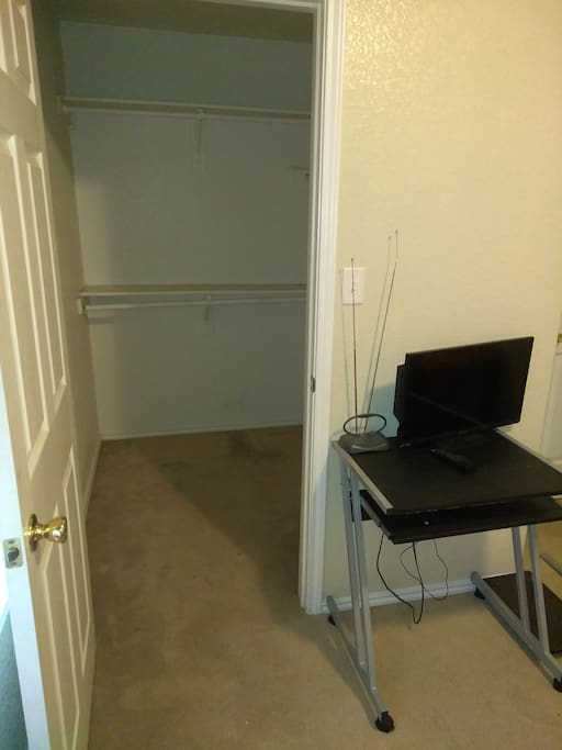 Closet, TV/DVD Combo and Desk / Chair Provided