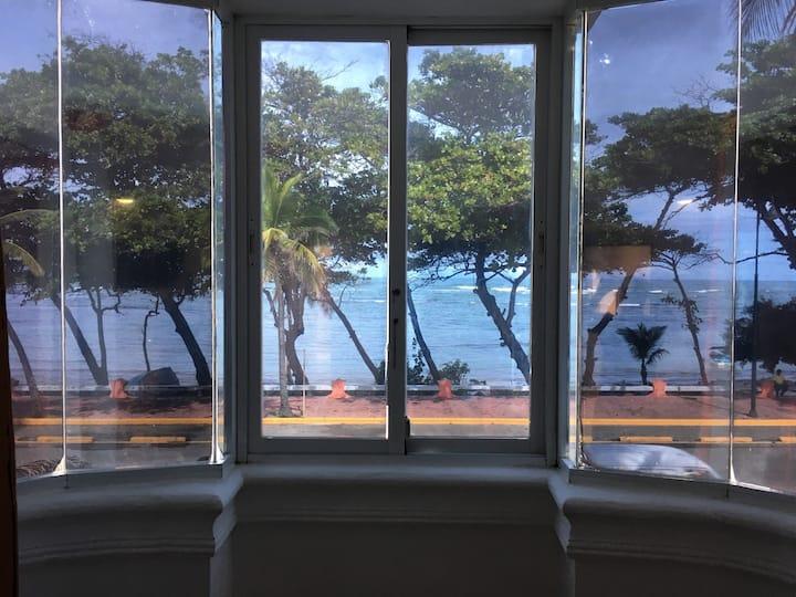 Cozy Suite Ocean Front 203