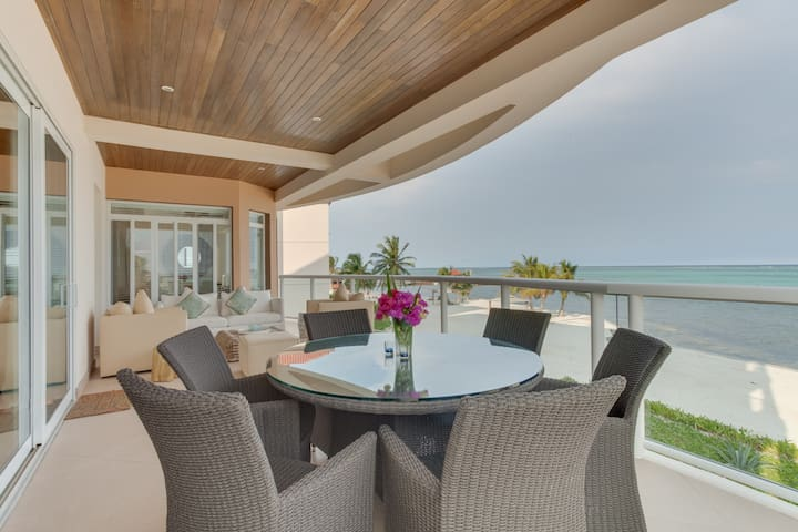 Oceanfront UPSCALE CONDO at Grand Caribe Resort