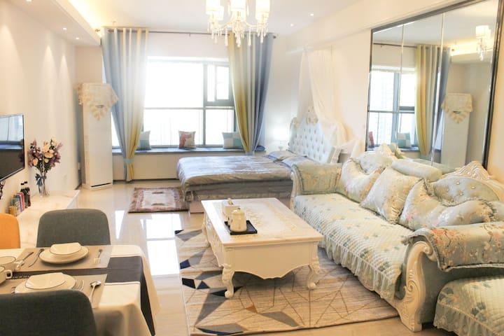 梦醒时分/恒大御景半岛&精装简约欧式风格,大一居室&可做饭可洗衣服可常住&