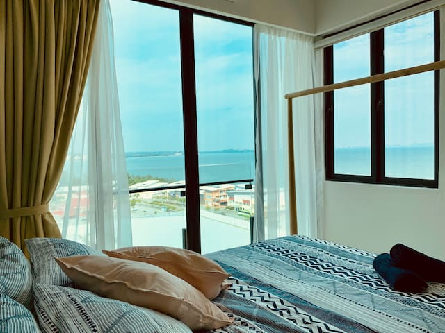 PD D'Wharf Residence - Superb Seaview(Up to 6 pax)