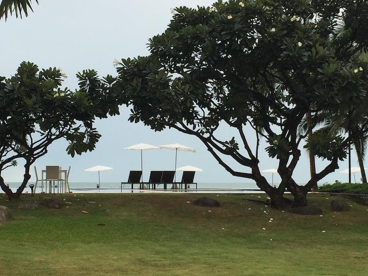 Luxury beachfront condominium in affordable price