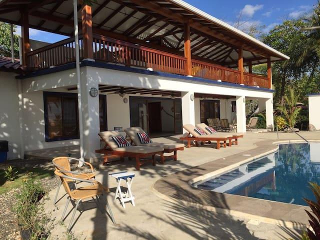 Casa Sulimar Beachfront House