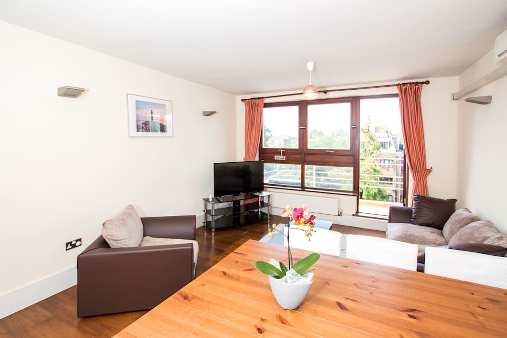 Cosy 2 Bedroom Apartment In Camden Town London Apartments For Rent In Greater London