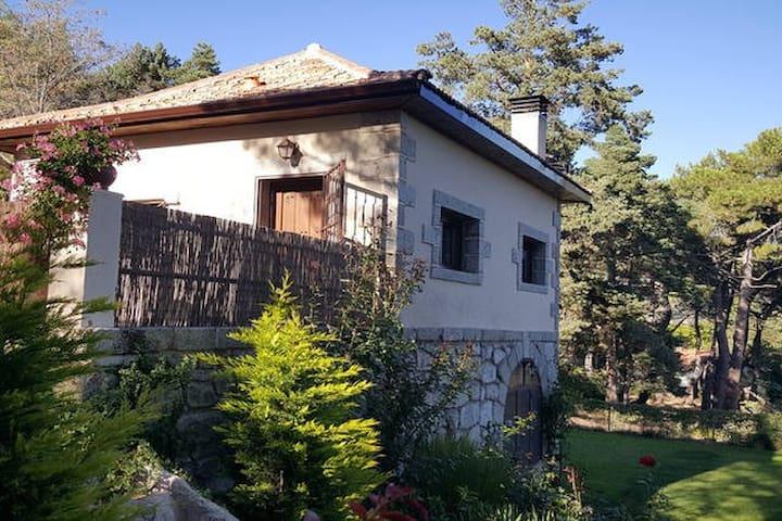 El Mirador de Paulina - Cercedilla - Chatka w górach