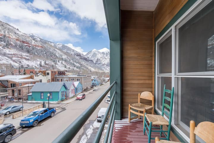 An Ideally Located Option with Unmatched Convenience that is Perfect for Your Next Mountain Adventure