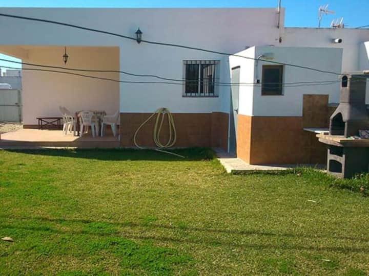Alquiler de casa a 100 metros de la playa en El Palmar