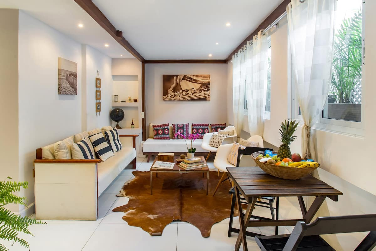 Beach Block Suites in Ipanema Best Location