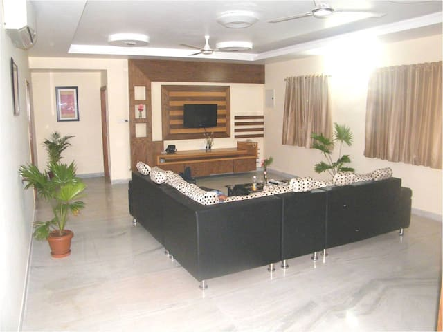 One room in a 3BHK in Jubilee Hills