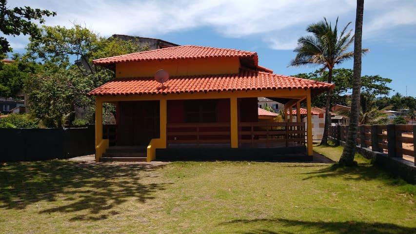 Casa em frente a praia