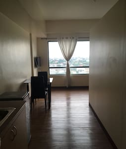 Condo in Valderrama Tower, TGC, MARIKINA - Marikina
