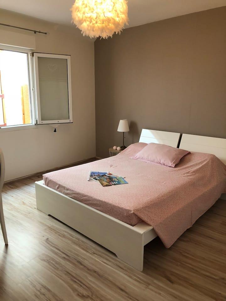 Belle Chambre Privée à 7 mn du centre de Perpignan