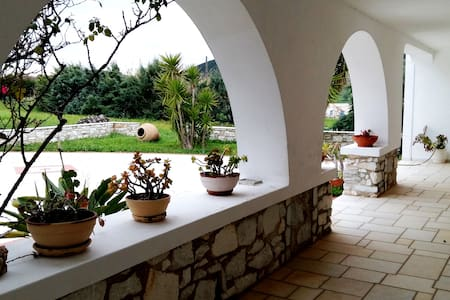 Country House near the Ancient Marble Quarry - Paros - Haus
