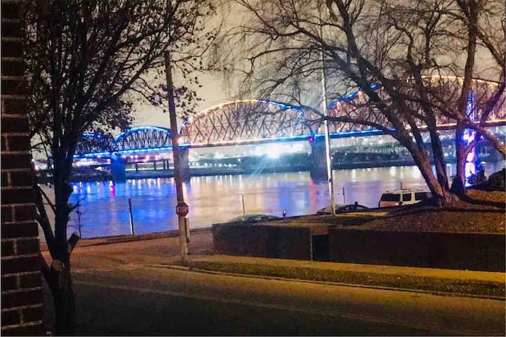 Louisville, Ohio River & walking bridge views