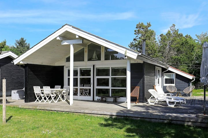 6 person holiday home in Løgstør