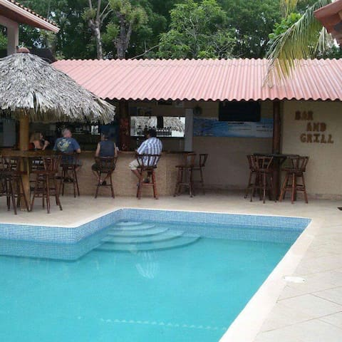 Pochomil Beach House and Apartments Rentals wi-fi