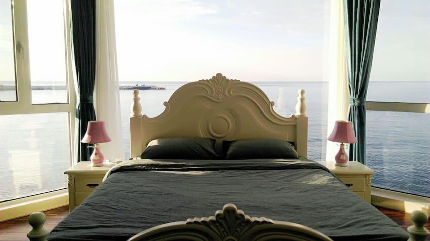 青岛海聆居管家式海景民墅(海洋之心海景房) - Qingdao
