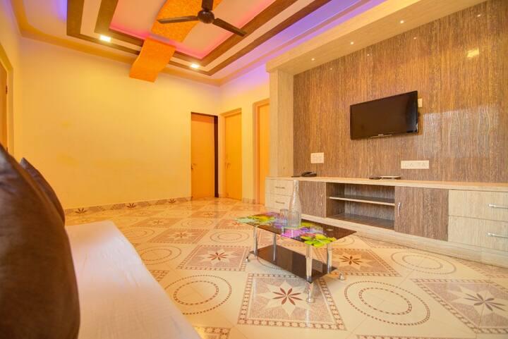 Hotel Vishal Niwas (2BHK Room)