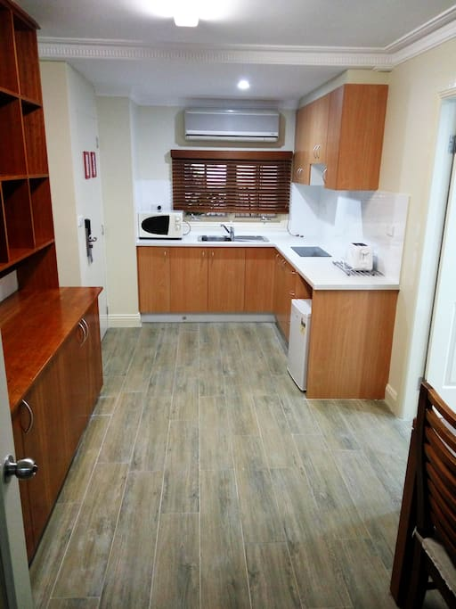 Large kitchen & dining area