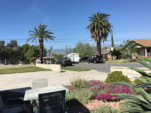 Lovely  Entire House in Redlands (New list) - Redlands - Hus