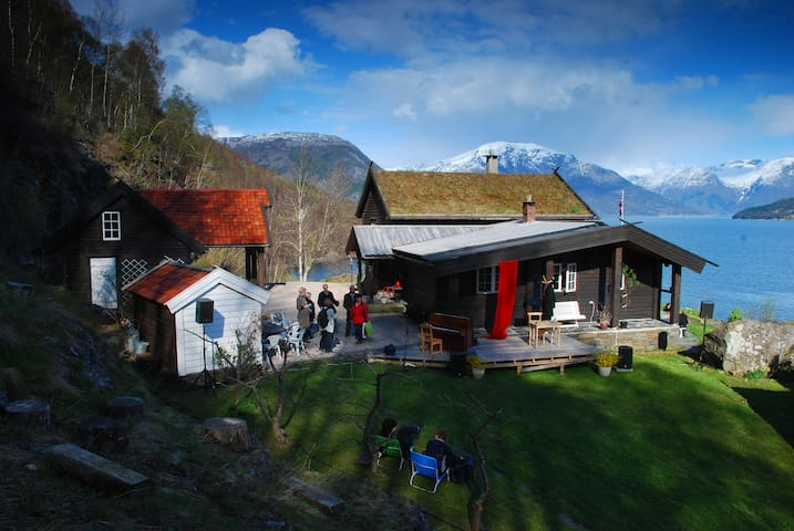 """ Kjepso Floten "" adr. Kjepsovegen 309 - Hordaland - Hus"