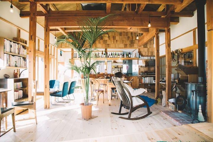 山小屋のようなところ「赤石商店」 - Ina-shi - House