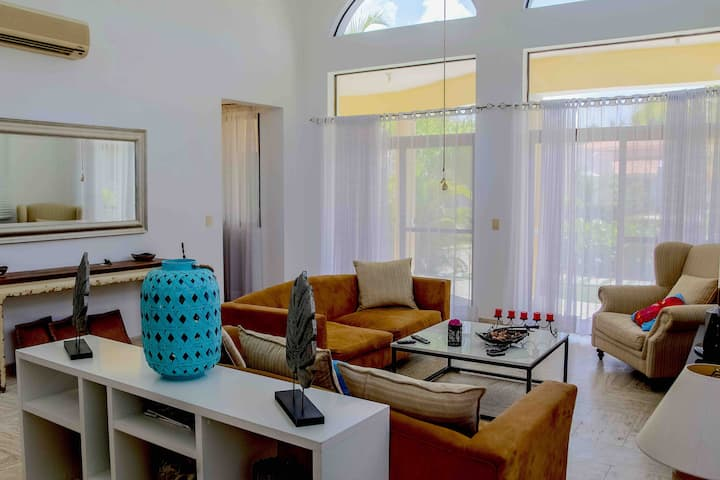 Villa en cocotal golf & country club punta cana