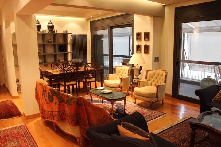 The Designer Penthouse of Pagrati - Athina - Flat