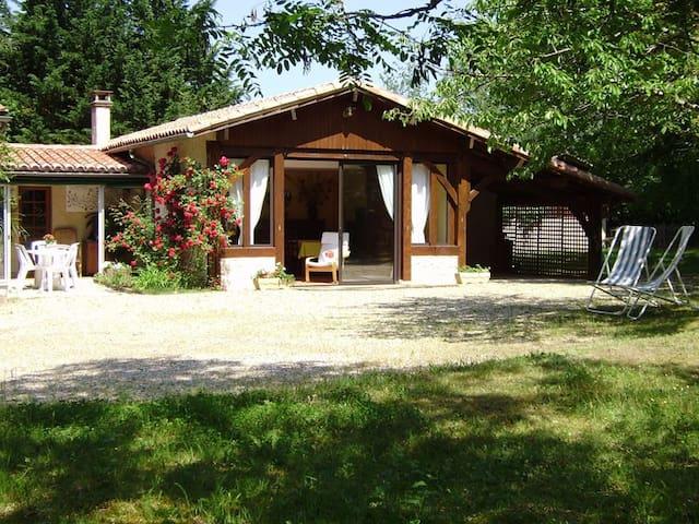 Charme, calme et sérénité - Saint-Martin-de-Gurson