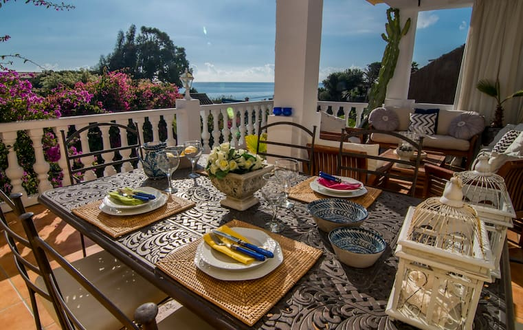 Fantastic Sea views second line beach villa - LG - Buenas Noches - Villa