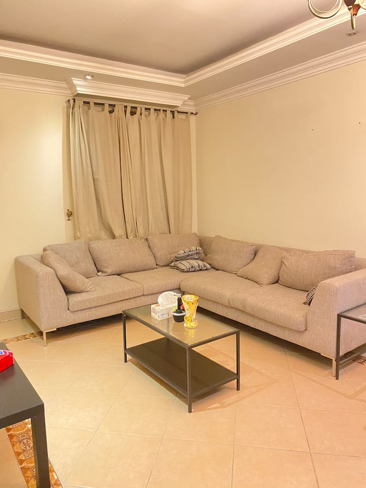 2BR apartment in Alsadd/ Near Center Point