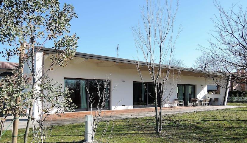 Villa Lipizer