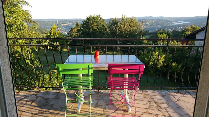 Studio 18m² avec terrasse proche Figeac
