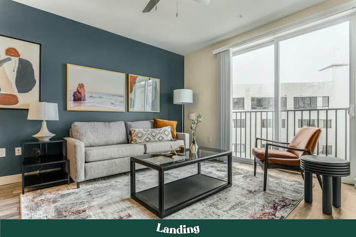 Landing | Modern Apartment with Amazing Amenities