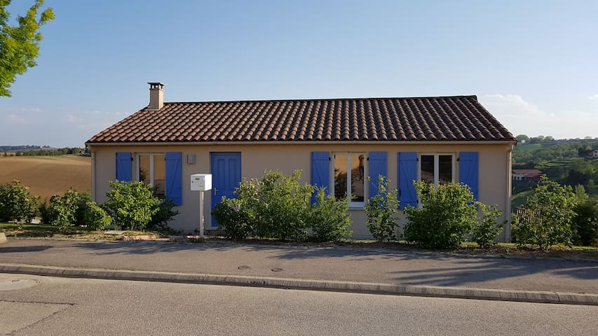 Maison avec vue sur la campagne Lauragaise - Nailloux - Hus
